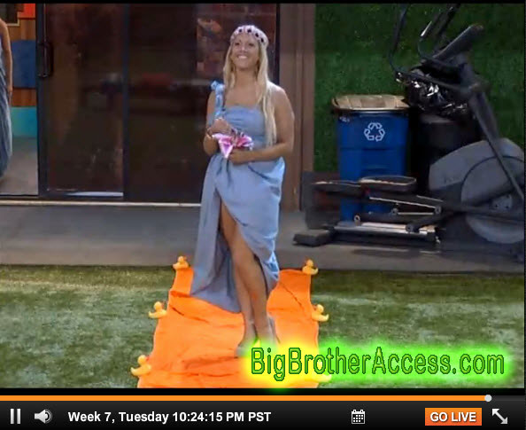 Big Brother 15 Live Feeds Tuesday Week 7 (16)