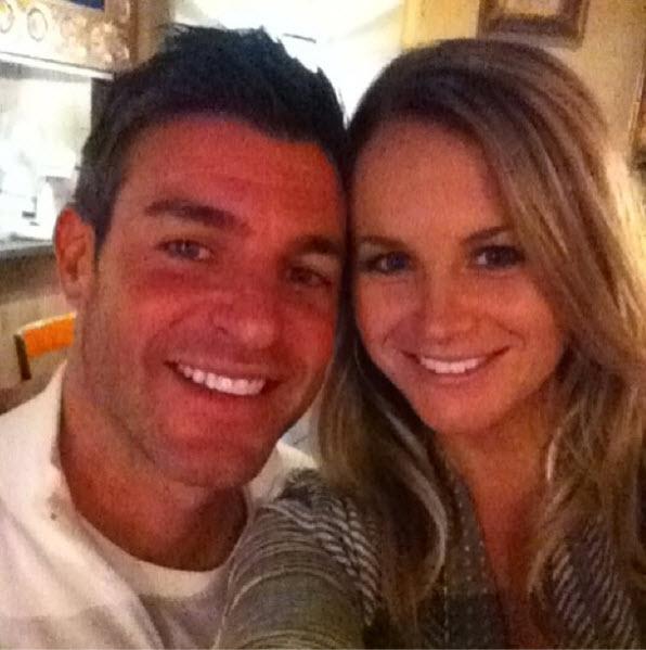 Jeff Schroeder and Jordan Lloyd selfie in Australia