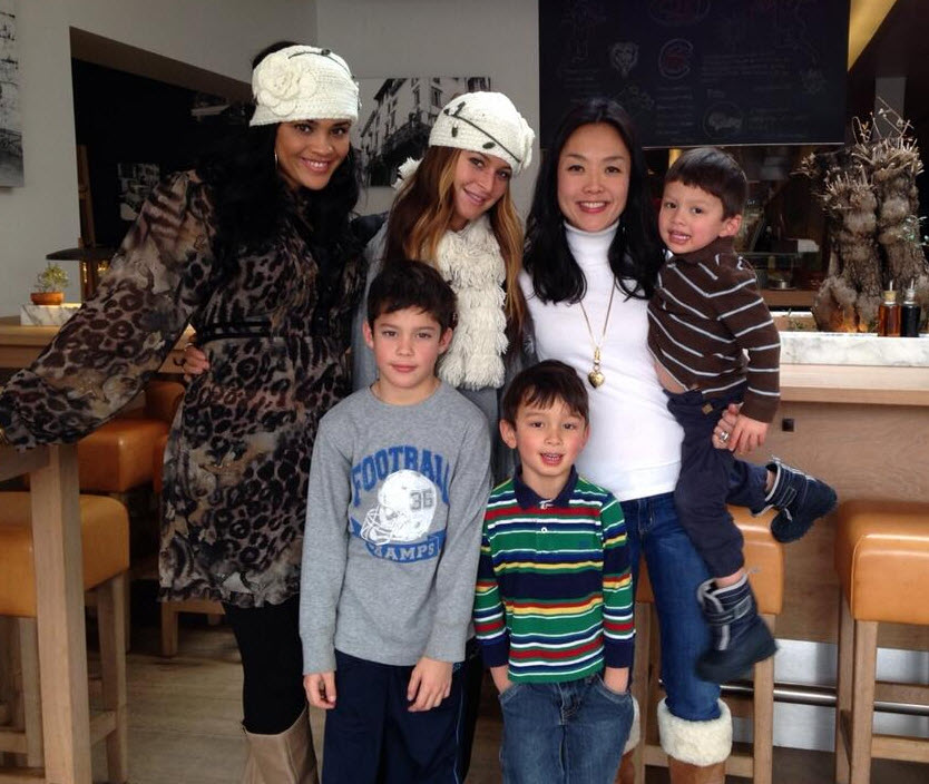 Candice Stewart, Elissa Reilly, Helen Kim and kids