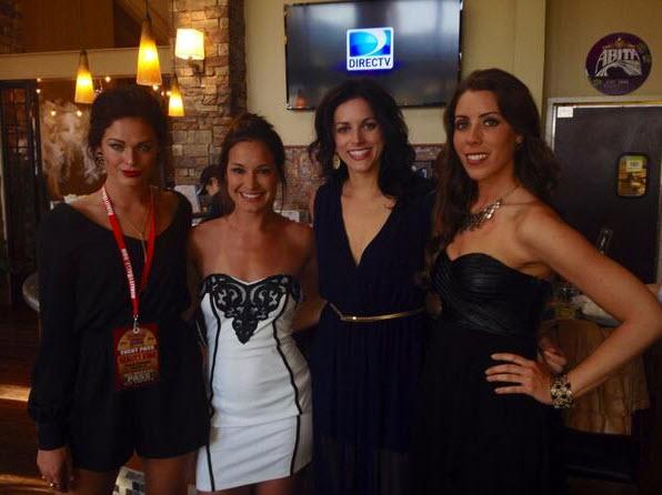 Kaitin, Jess and Liza with fan