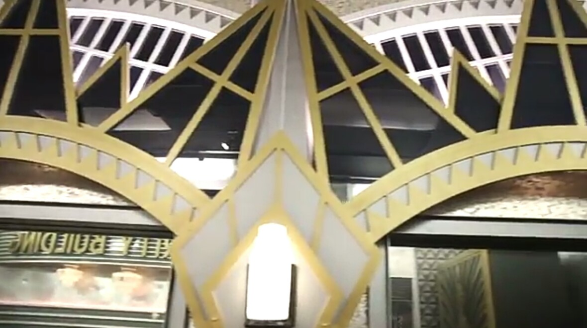 Celebrity Big Brother 2 House-17