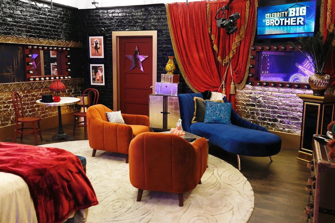 Celebrity Big Brother 2 House=1
