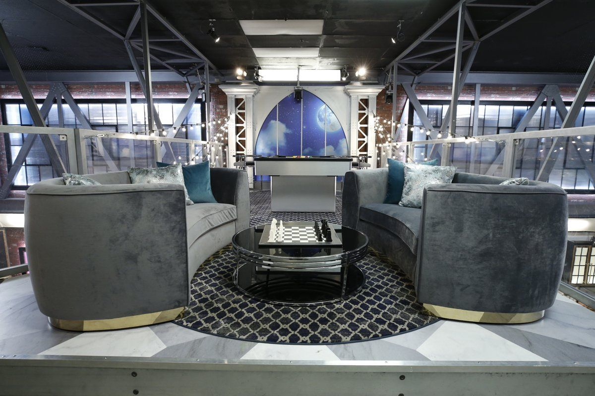 Celebrity Big Brother 2 House-37